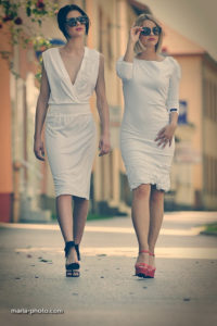 White dresses with feminine and sexy vibe