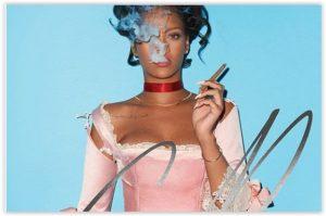 Rihanna kao Marie Antoinette za CR Fashion Book FW16 Cover