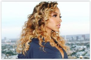 We like… Daytime Smoky Eye by Tinashe